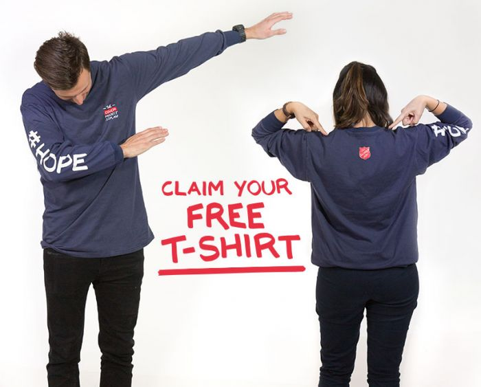two-young-people-modelling-free-tshirt
