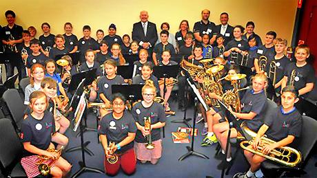 Sir Peter Cosgrove visits Geelong Just Brass Class
